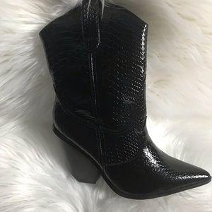 crocodile western boots